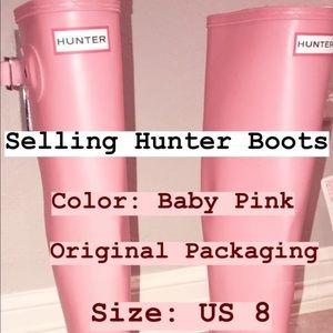 Pink Hunter Rain Boots!